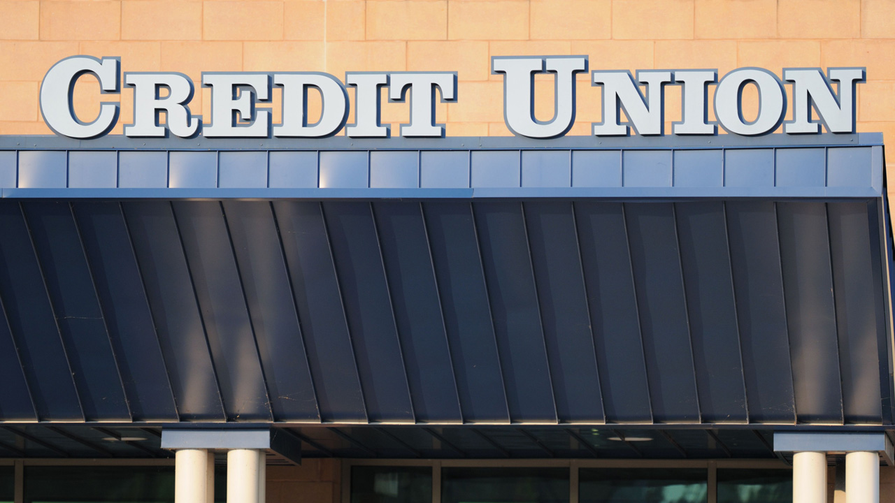 Why Credit Unions are Better for Credit Card Balance Transfers